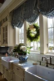 Country Valances For Living Room by Best 25 Country Window Treatments Ideas On Pinterest Kitchen