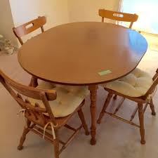 Vintage 1940s Hard Rock Maple Dining Table With 4 Chairs And Leaf