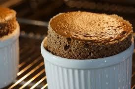 herv cuisine mousse au chocolat recette facile du soufflé au chocolat léger et rapide
