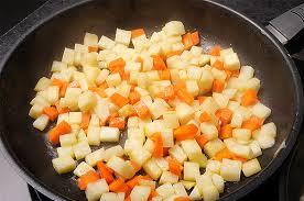 cuisiner celeri comment cuisiner le céleri cuisinons les legumes