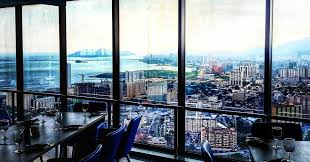 With The 59th Floor Operated As Buffet Restaurant And 60th For Bar This Place Is Perfect A Short Break Of Your Hectic Life Enjoy Meal