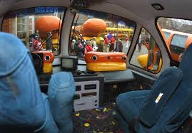 Oscar Mayer Looking For New Wienermobile Drivers - DWYM