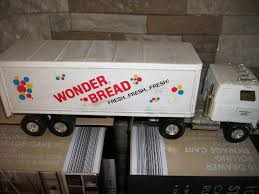 100 Wonder Bread Truck ERTL WONDER BREAD TRUCK 1855616112