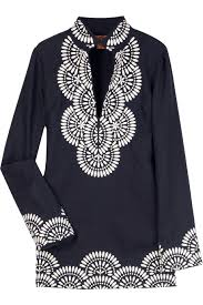 i tunic a cotton with strategic patterns is a staple for the