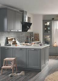 graue küche steinarbeitsplatte stein grau landhaus