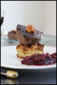 cuisiner la biche recette pavé de biche sur rösti chutney cranberries framboises