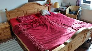 schlafzimmer komplett mit nachttischen