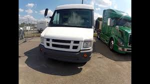 2012 Isuzu Reach Truck Walk-Around - Truck Enterprises - YouTube