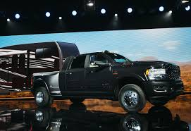 100 Shelby Elliott Trucks Detroit Auto Show Debuts Best New Cars SUVs And Bloomberg