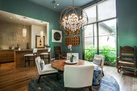 Contemporary Casual Dining Area