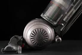 Dyson Dc50 Multi Floor No Suction by Dyson Cinetic Big Ball Animal Allergy Review Digital Trends