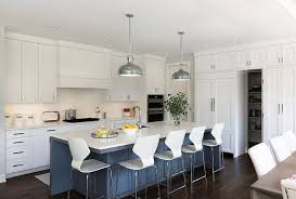 Kitchen Island Seats Five 5 Kitchenisland More On Home Bunch