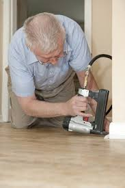 Bostitch Floor Stapler Problems by Best Carpet And Flooring Staplers Staple Slinger