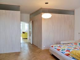 schlafzimmer einrichtung in großen altbauräumen