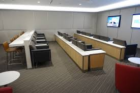 Aadvantage Platinum Desk Hours by Review American Flagship Lounge Chicago O U0027hare Airport One Mile