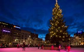 Mr Jingles Christmas Trees Los Angeles Ca by Best Places To Spend Christmas Travel Leisure