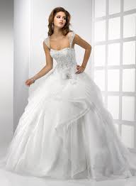 ball gown wedding dresses with sleeves for modest bridal look