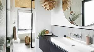 11 tips for a small bathroom look inside out