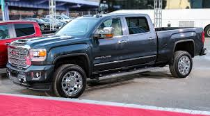2019 GMC Sierra: Carbon Fiber, Shape-Shifting Tailgate, Off-Road ...