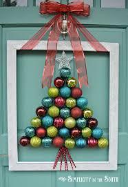 Easy Christmas Classroom Door Decorating Ideas by Best 25 Ornament Wreath Ideas On Pinterest Christmas Wreaths