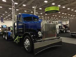 The Great American Trucking Show | Truckload Broker Show Trucks Trucker Tips Blog 4 Ways To Achieve Recruiting Success At Trade Shows Randareilly The Great American Trucking Show Returns With New Events And Greatamericantruckingshow Hashtag On Twitter Mid America Truck News Online Photos Day 1 The A Quick Peek Here Is A Recap Of Foto 2011 Dallas Texas Tandem Thoughts Bulldogs Bikes Jackasses Not Your Typical 170825 Dallas Aug 25 2017 Xinhua People Visit Nissan Feature Range Titan Xd Accsories