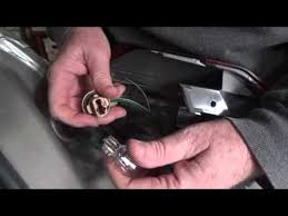johnny sells how to replace l on 2005 09 subaru outback