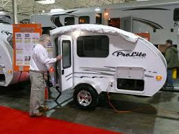 Small Travel Trailers With Bathroom For Sale