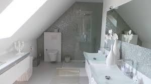 charmant salle de bain sous comble avec amnagement de salle bain