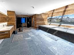 modern alpines luxuschalet in sonnenlage