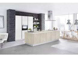 hohe küchenzeile und stylische inselküche ka 46 210 in