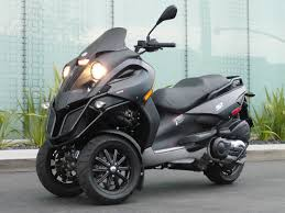 One Of The Most Awaited Scooters Ever In History Piaggio MP3 Is Hell A Performer And Stunner To Look At This Three Wheeled Hybrid By