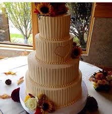 Rustic Wedding Cakes That We Love Buttercream Of Course