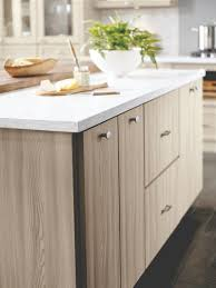 Masterbrand Cabinets Inc Jasper In by Masterbrand Cabinets Showcases New Products For Added