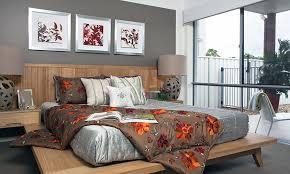 Zen Bedroom Design With Platform Bed