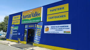 bureau vallée papeterie 18 rue 18 juin 1827 42160 andrézieux