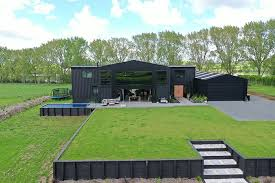 104 Shipping Container Homes For Sale Australia This Cool House Was Built Out Of 12 S Bored Panda