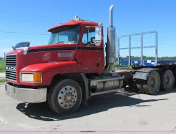 1998 Mack CH613 Semi Truck | Item E4910 | SOLD! July 22 Truc... Freightliner Trucks In Iowa For Sale Used On Buyllsearch 1986 Semi Truck Item Bz9906 Sold November 48 Flatbed Trailers For Irving Denton Txporter Truck Truck Trailer Transport Express Freight Logistic Diesel Mack Ari Legacy Sleepers 2001 Sterling At9500 Sale Sold At Auction July 21 Dons Auto Hauling Corngrain Bins Farm Proud To Be A Farmer Minnesota Railroad Aspen Equipment Jordan Sales Inc 2007 Columbia Cl120st E4650 Show Historical Old Vintage Trucks Youtube