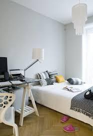déco chambre à coucher decoration idées de déco chambre coucher coussins couverture