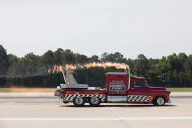 100 Souped Up Trucks Surpassing 300 MPH In A JetPowered Pickup Automobile Magazine