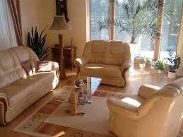 astuce pour nettoyer un canapé en cuir entretenir et nettoyer un canapé en cuir guide astuces