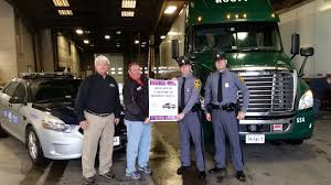 100 R And L Trucking Company Helps Publicize Virginias Move Over Aw Houff