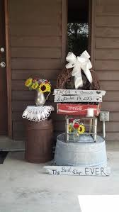 Country Wedding Rehearsal Dinner Decorations
