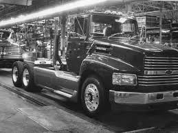 Ford Motor Co. - Historic Photos Of Louisville Kentucky And Environs Ford Is Vesting 25 Million Into Its Louisville Plant To Make Hot Truck Plant Human Rources The Best 2018 Restart F150 Oput Following Supplier Fire Rubber And 5569 Apply For 50 Jobs At Pickup Truck Troubles Will Impact 2700 Workers Makes 5 Millionth Super Duty Kentucky Ky Lake Erie Electric Suspends All Production After Michigan Allamerican Pickup Trucks Aim Lure Chinas Wealthy Van Natta Shows Off Louisvillemade Dearborn Test Track Motor Co Historic Photos Of And Environs