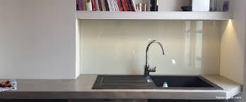 credence verre cuisine crédence en verre laqué pour votre cuisine verre laque com