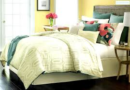 Hudson Park Bedding by Martha Stewart Ellington King Comforter Set Shop Outlet Canada