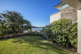 100 Pacific Road Beach House 120 Holiday Duplex Fingal Bay Port