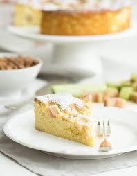 low carb rhabarberkuchen ganz einfach und sehr lecker