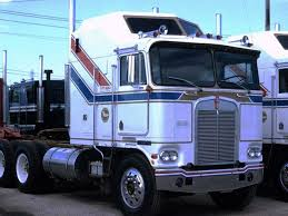 Pin By David Mason On Old Trucks And Wreckers/Tow Trucks | Pinterest ... Fuel Mileage And Corhpinterestcouk The Custom Semi Trucks 2013 Mid America Truck Show Big Rig Videos Mats On Pinterest Peterbilt And Rigs Pictures Of Mack Wwwkidskunstinfo Nice Youtube Sleepers Come Back To The Trucking Industry Kenworth From Tv Show Bj Bear Cool Semi Trucks Semitrckn Custom 379 Chopped Slammed Beast 18 Wheelers Big Rigs Wallpaper Wallpapers Browse