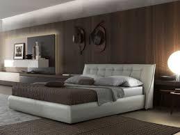 chambre avec tete de lit capitonn choisissez un lit en cuir pour bien meubler la chambre à coucher