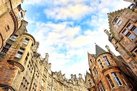 100 Edinburgh Architecture Historical Architecture In The Street Of The Old Town In
